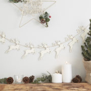 RC-834 Wooden Reindeer Bunting With Pom Pom Noses